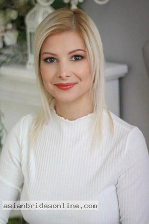 Latvian Woman 30 Riga
